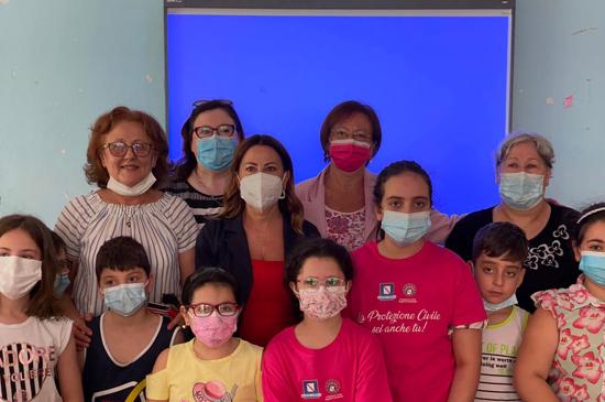 """Progetto """"Estate a scuola"""" incontro con l'Assessore  Lucia Fortini e la Dirigente della Protezione Civile Claudia Campobasso"""